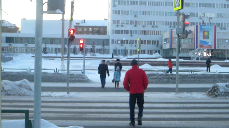 Пешеходы идут на красный!